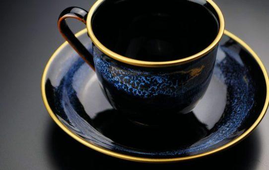 日常を彩るアート。人気有田焼コーヒーカップ5選!